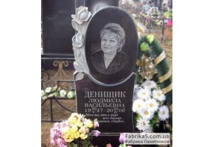 Женский памятник овал с розой №12-047, Женские памятники