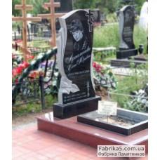 Женский фигурный памятник с розой №12-055,Фигурные Одинарные памятники