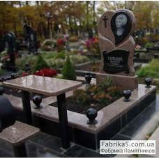 Памятник с сердцем из коричневого гранита  №13-005,Женские памятники