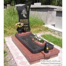 Комбинированный памятник из красного и черного гранита №13-017,Элитные одинарные памятники