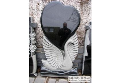 Памятник лебедь с сердцем №17-002, Памятники с Лебедем