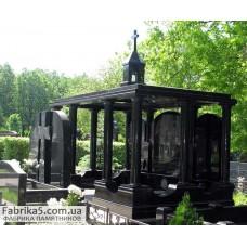 Семейный  пантеон-склеп на кладбище  №62-005,Пантеоны на кладбище