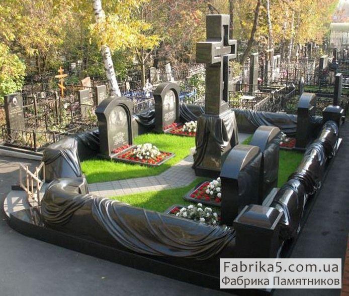 Гранитный цоколь №82-006, цоколя на кладбище, оградки на могилу, Фабрика Памятников