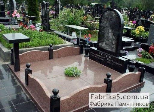 Оградка на могилу №82-021, цоколя на кладбище, оградки на могилу, Фабрика Памятников