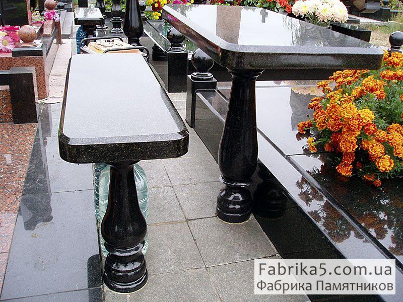 Столик на могилу №83-002, цоколя на кладбище, столы и скамейки на могилу, Фабрика Памятников