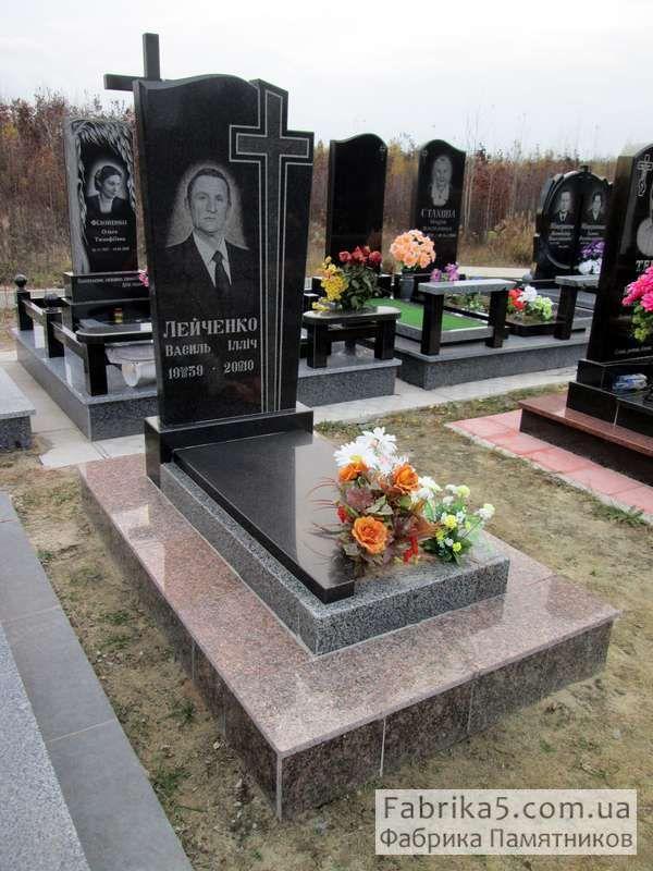 Классический одинарный памятник №15-015