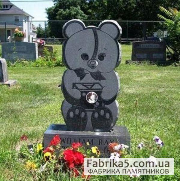 Детский памятник с мишкой №53-001  Памятники  в виде мишки