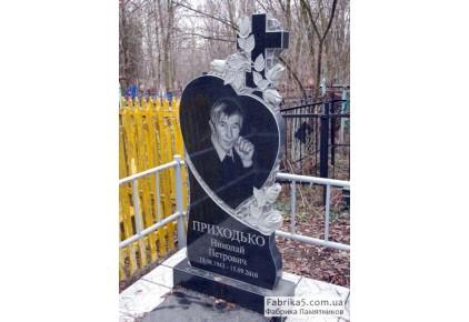 Памятник в форме сердца с крестом и розами №12-070, Памятники с сердцем