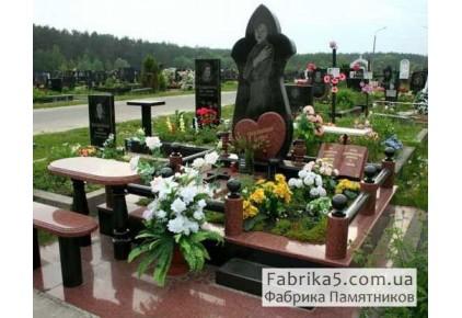 Женский памятник в форме цветка, гранитный комплекс №14-034, Женские памятники