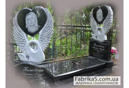 Памятник лебедь с сердцем №17-004-2, Памятники с Лебедем