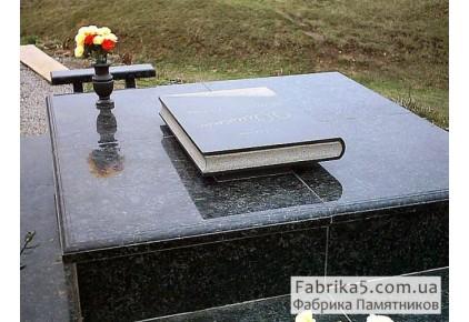 Памятник с книгой №41-009, Оригинальные памятники